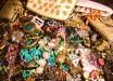 * JunkerVal's Vintage Jewelry 5.00!