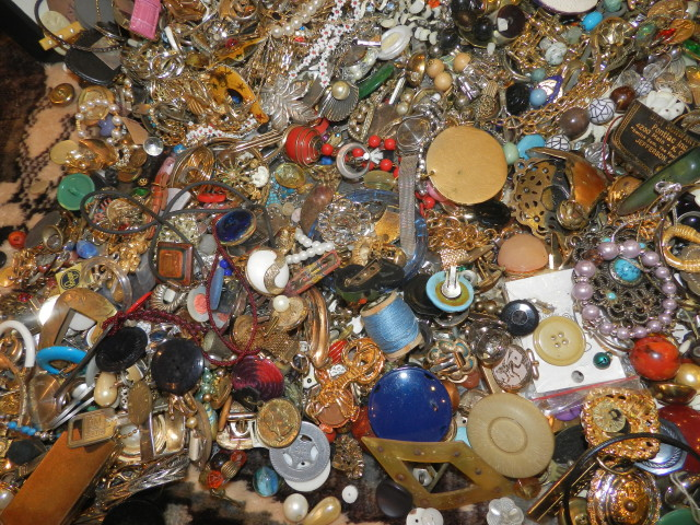 Vintage Costume Jewelry Sale $3.00 each & less! JunkerVal