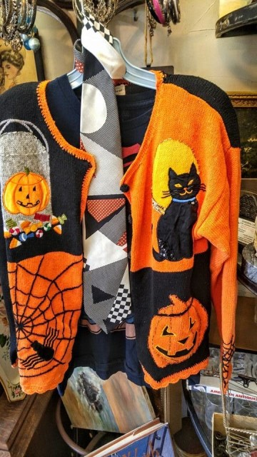 halloween sweater sept 15